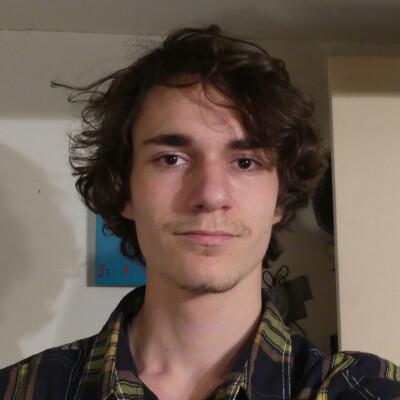Mees Enzo zoekt een Appartement / Kamer in Hilversum